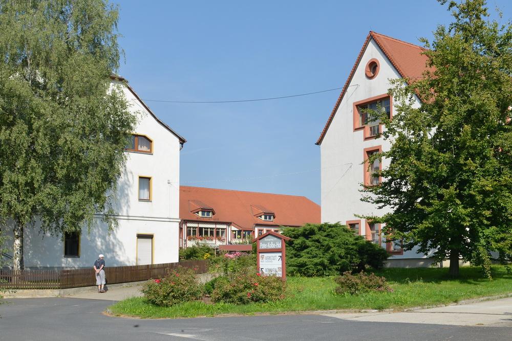 Pater-Kolbe-Hof in Schlegel
