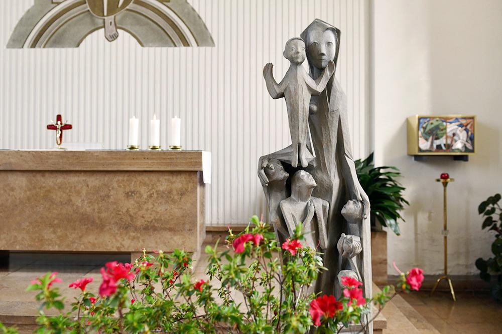 Kirche Herrnhut Schutzmantelmadonna