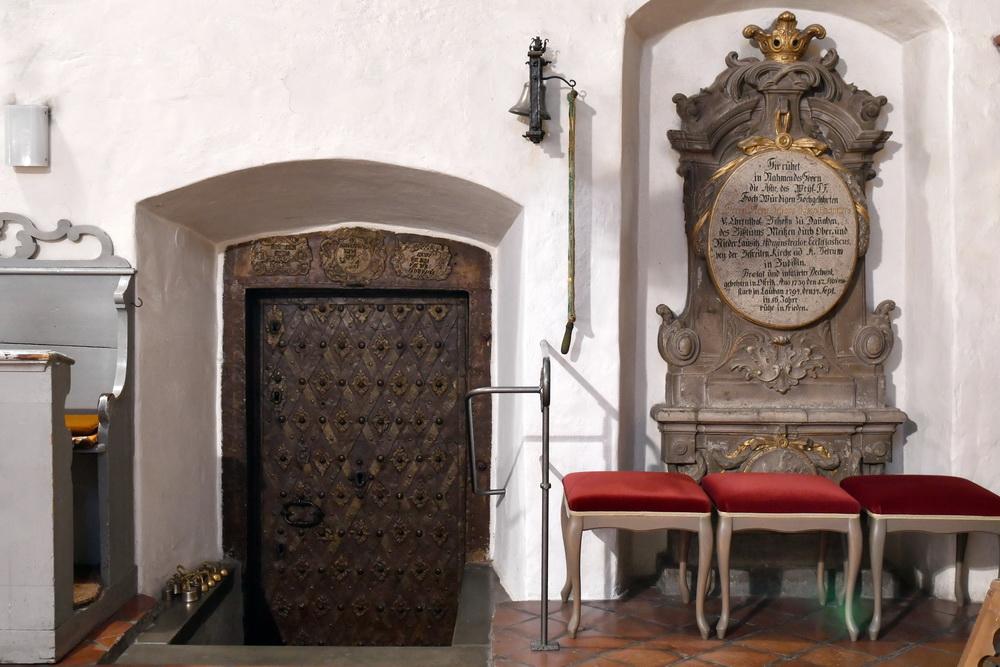 Kirche Ostritz Sakristeitür