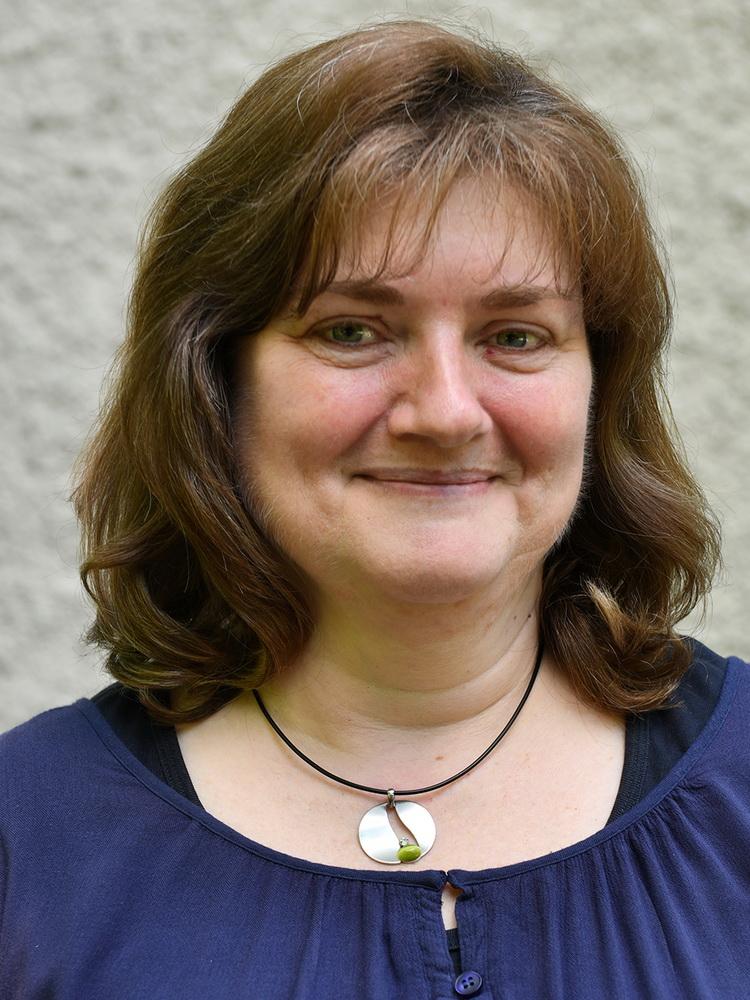 Cornelia Schöbel