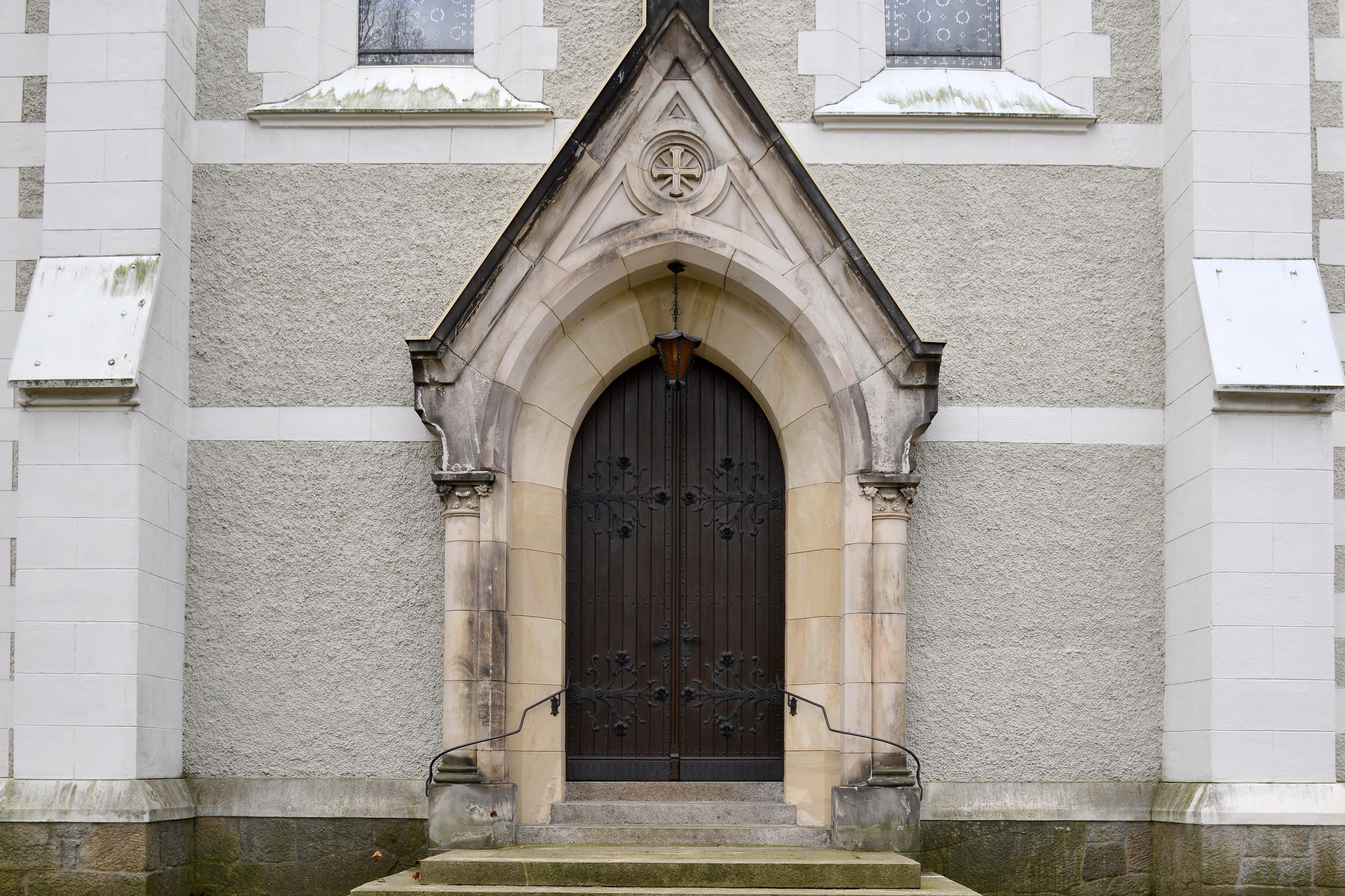 Löbau Kirche Hauptportal