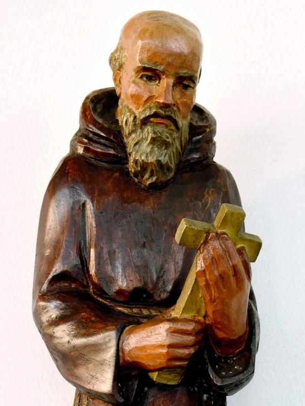 Hl. Konrad von Parzham – Holzstatue in der kath. Kirche Hirschfelde